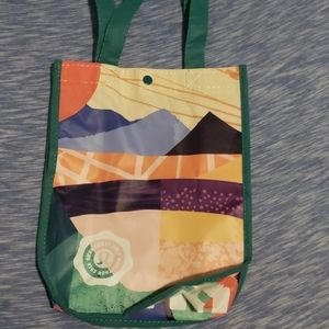Lululemon Seawheeze bag